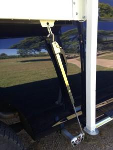 Torklift Fastgun and Talon - Truck Camper