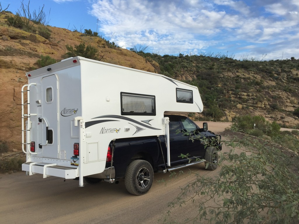 Review Of The Northstar Laredo Sc Truck Camper Truck