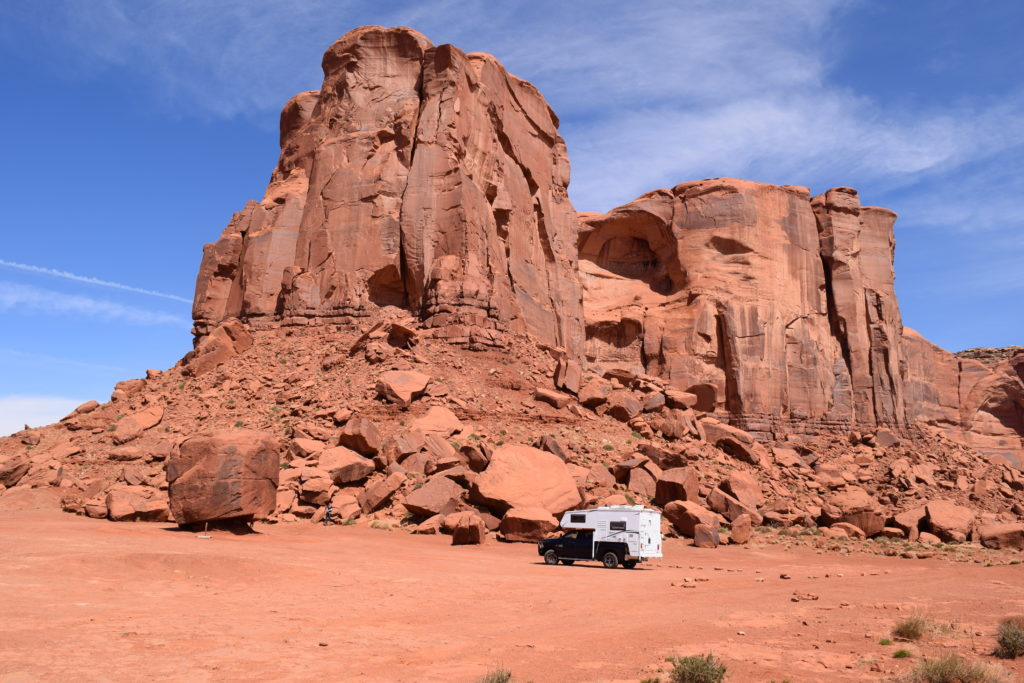 Monument Valley Loop - Truck Camper Adventure
