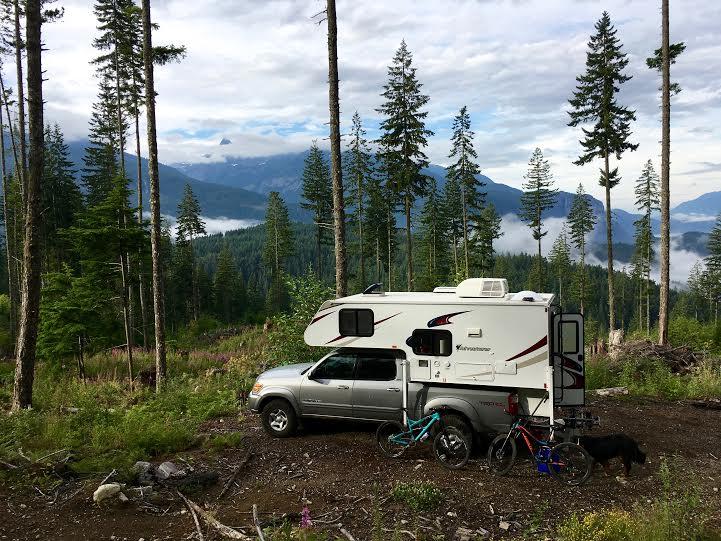 viau1 - Truck Camper Adventure